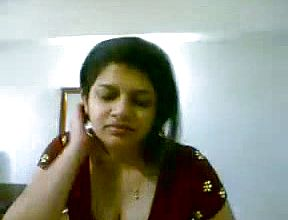 Huge boobed and Sensuous Kerala chick gives head To a Fellow