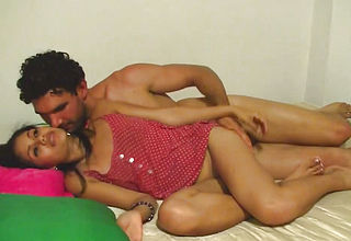Latina honey Shares sultry smooch with man While Railing his Stiffy