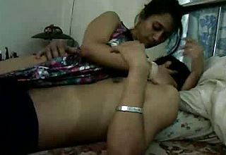 Fledgling All All natural and Plain Indian dame taunts Beau With Lap Dance