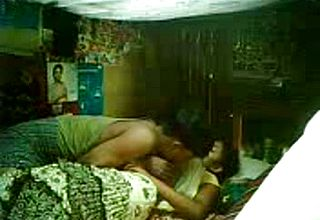 Messy Inexperienced fuckfest Vid Of a Youthful Indian Duo In the Bedroom