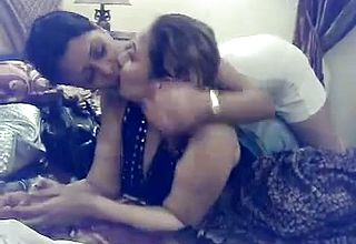 Fantastic latina Femmes On Cam making out And getting Insane