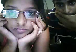 Amateur Indian Desi Masturbation On Webcam